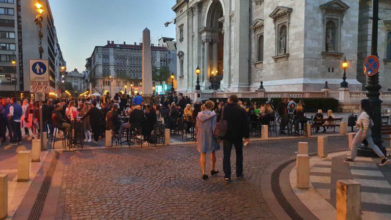Nézőpont: a magyarok csaknem kétharmada elégedett a kormány járványkezelésével