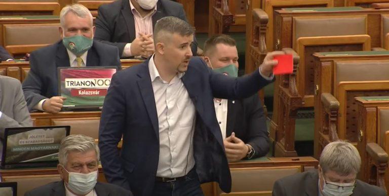 A Jobbik a DK-s Varju Lászlót támogatja az előválasztáson