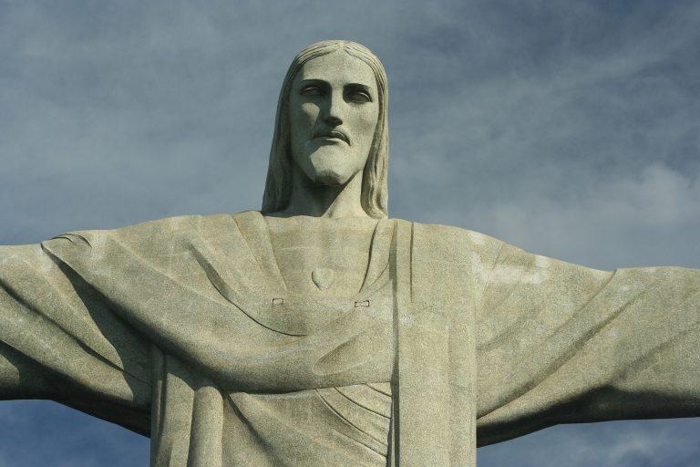 Liftezni is lehet majd az új Krisztus szoborban