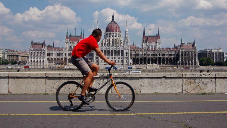 Rekordokat dönt a biciklis forgalom a fővárosban