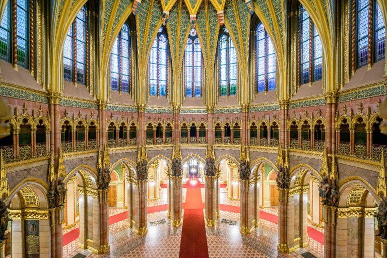 Pénteken ingyenesen látogatható a Parlament
