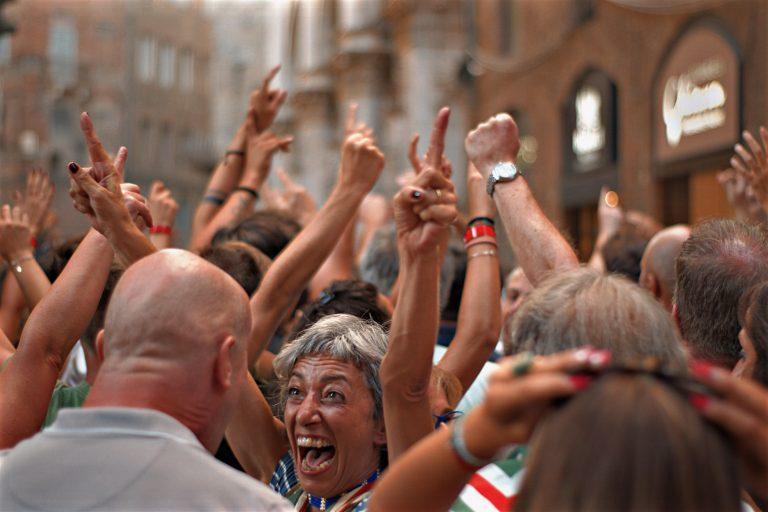 Oldják a korlátozásokat Olaszországban