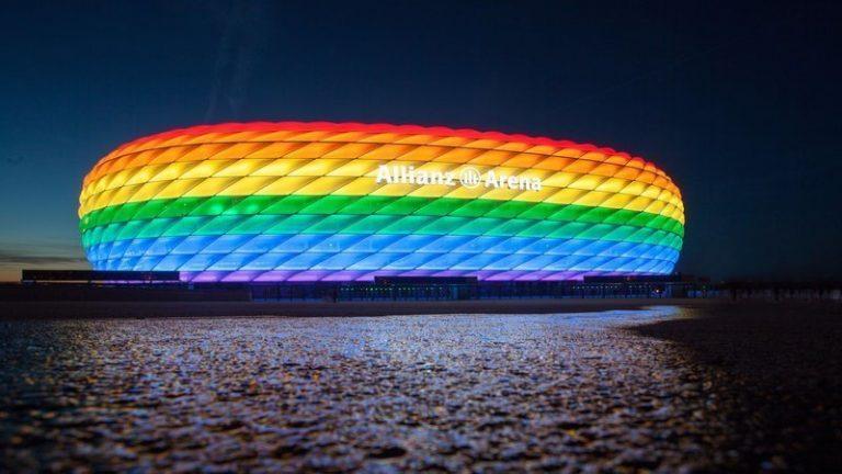 Szivárvány-stadionnal és városházával üzenne Németország a magyar törvénynek