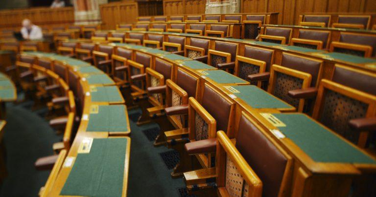Ha Jakab felszólal, kivonulnak a teremből – ígérte a kormánypárt