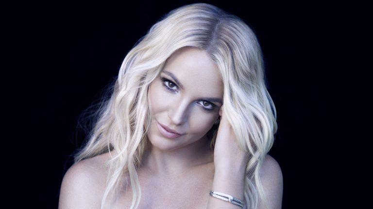 180 fokos fordulatot vehet a Britney Spears ügy