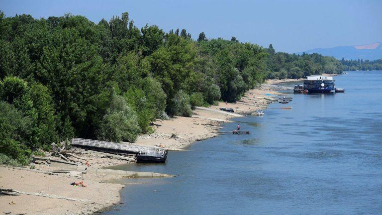 50 év után újra lehet fürödni a Dunában