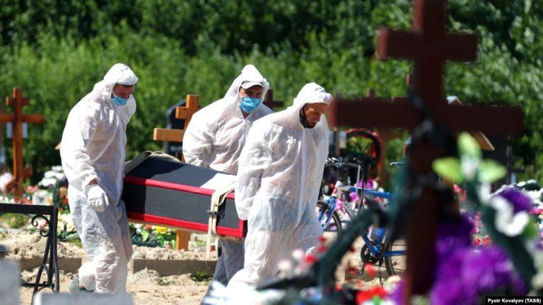 Oroszországban rekordmagas a koronavírus okozta halálozás