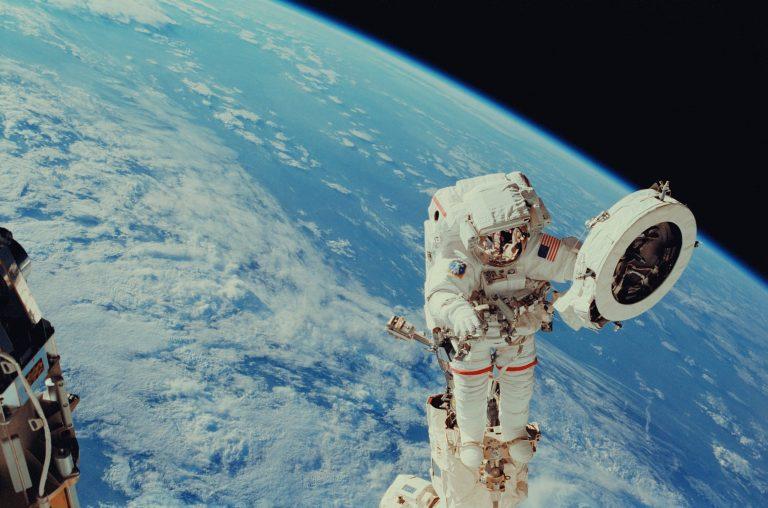 Ismét lesz magyar űrhajós… 30 milliárd forintból